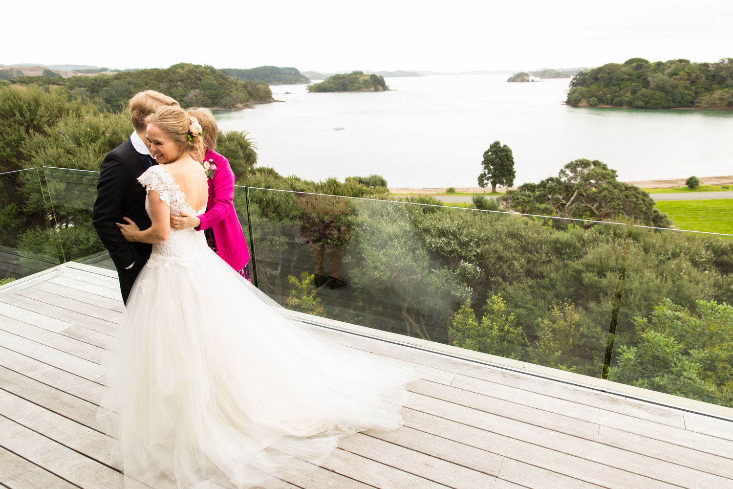 bay of islands wedding family