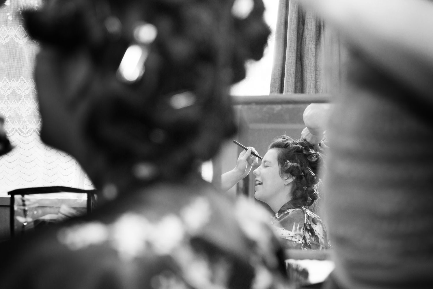 auckland wedding bride getting ready