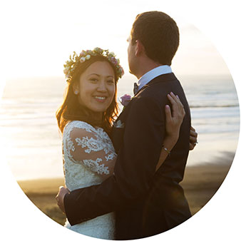 castaways waiuku wedding photo during sunset