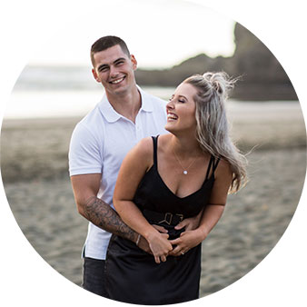 piha beach engagement shoot