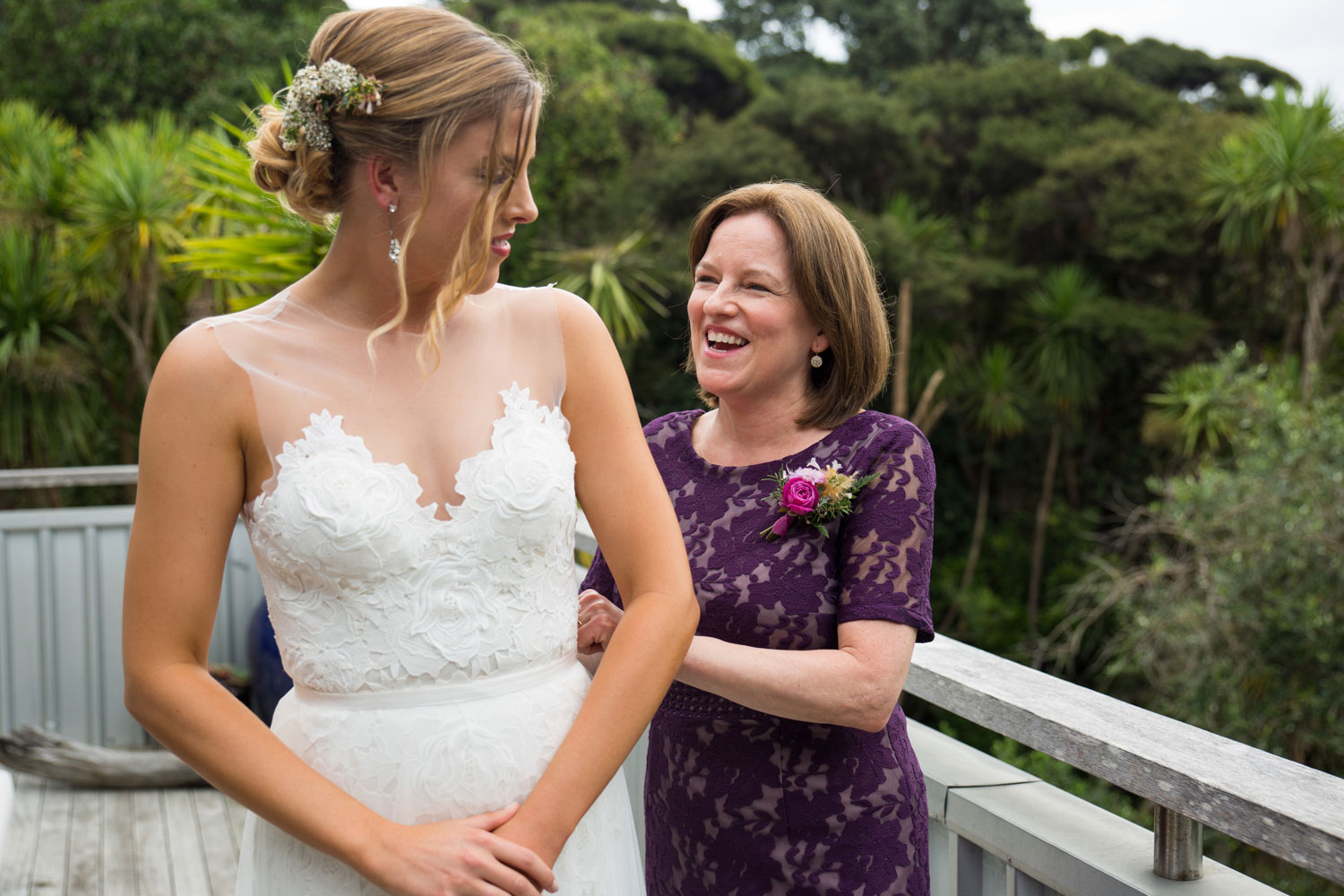 auckland wedding bride and mother