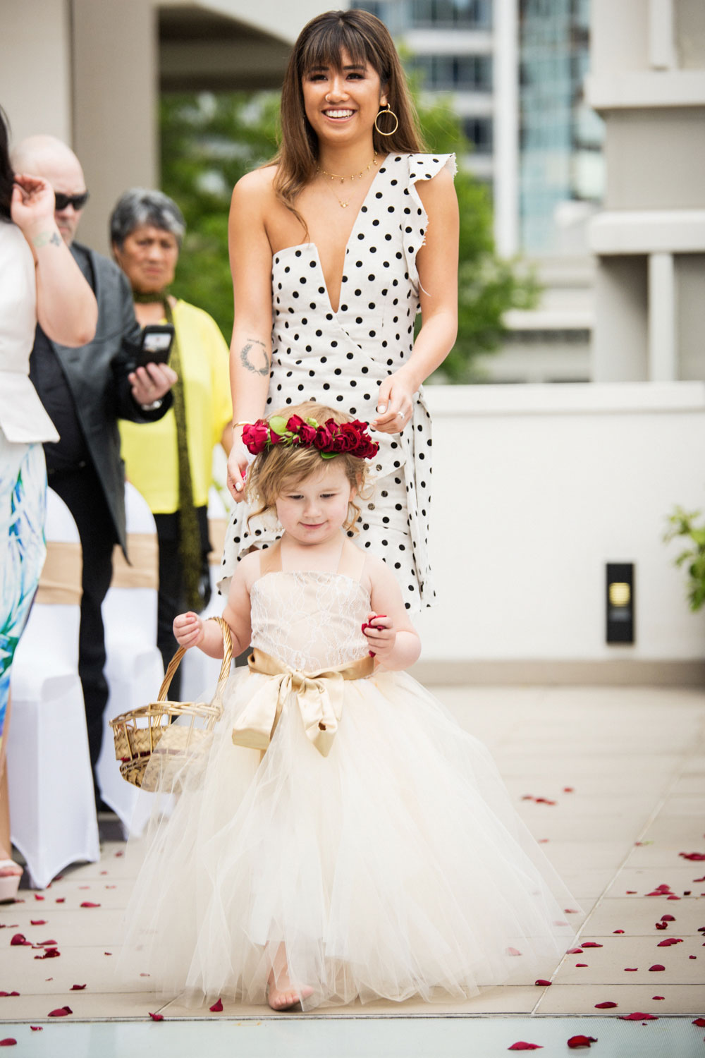 auckland wedding flower girl walking