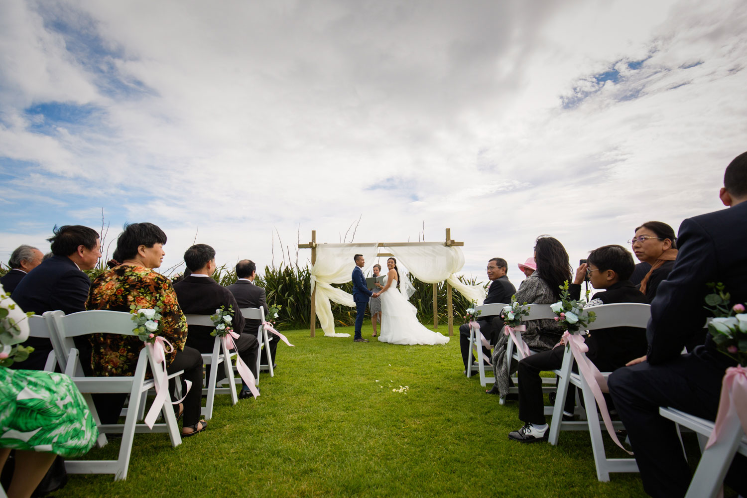 castaways waiuku wedding ceremony