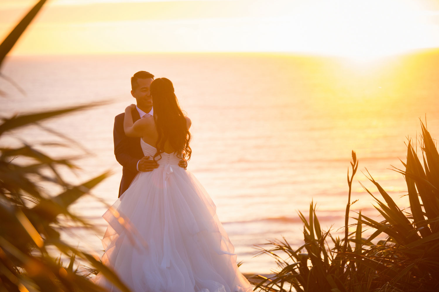 castaways waiuku wedding sunset photo