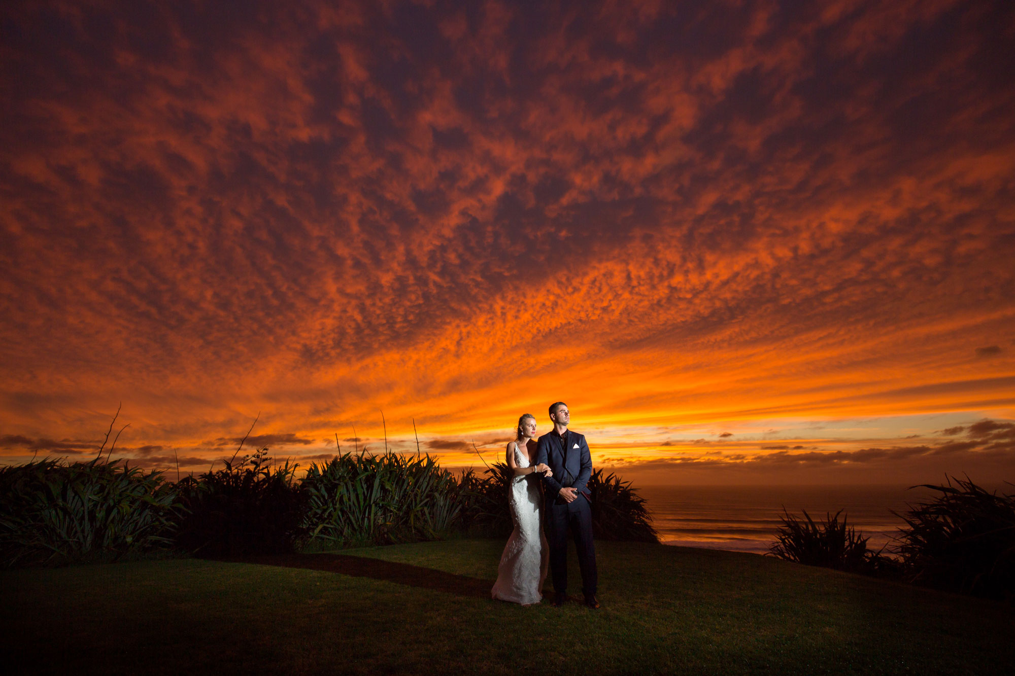 castaways sunset wedding photo