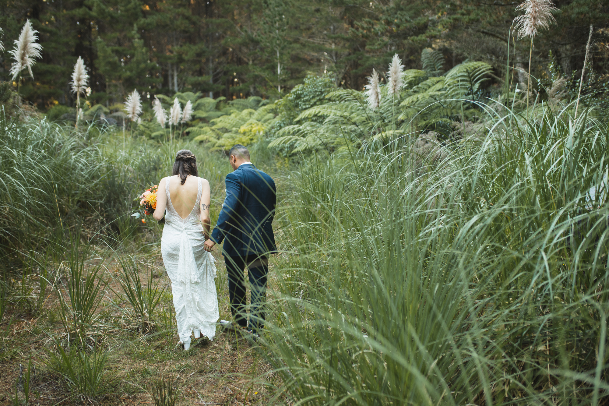 riverhead forest couple photos