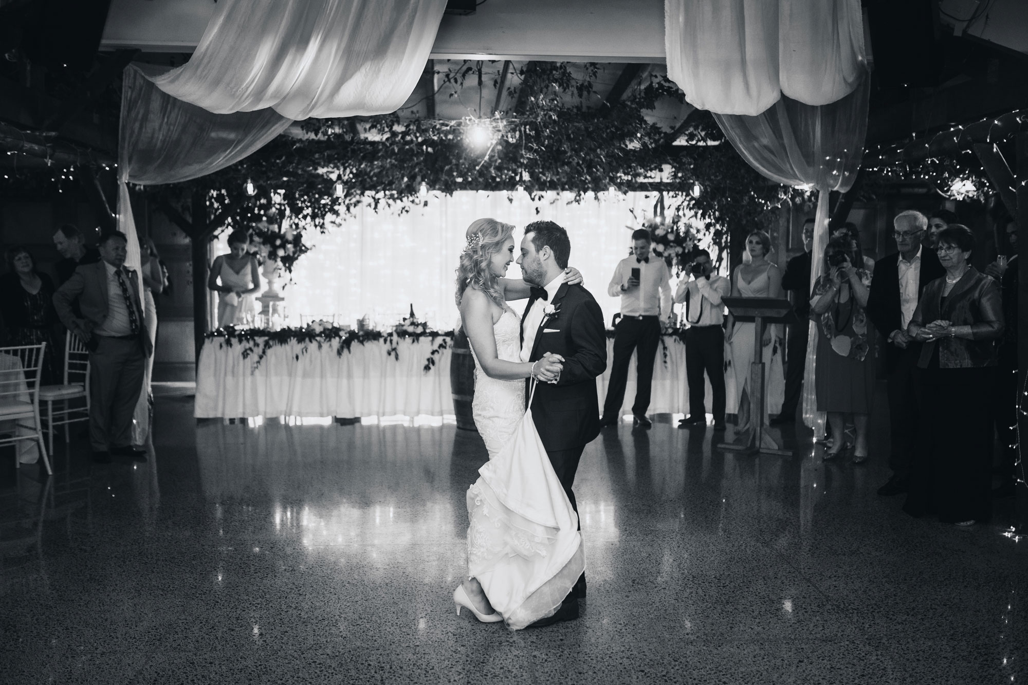couple first dance at markovina vineyard